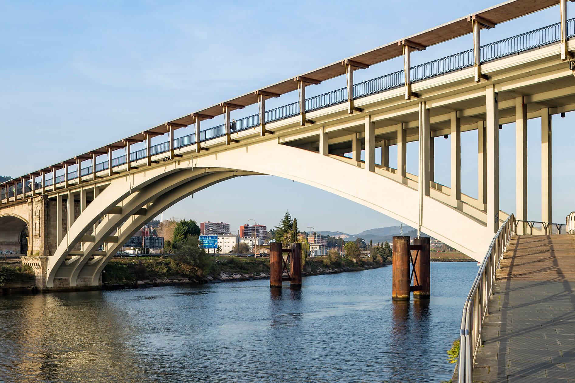 Puente Barca Puentes
